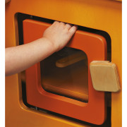 kuchenka Vitamine - bezpieczne zamknięcie drzwiczki bez blokowania palców