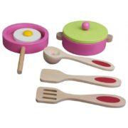 kuchnia drewniana różowa - przybory kuchenne