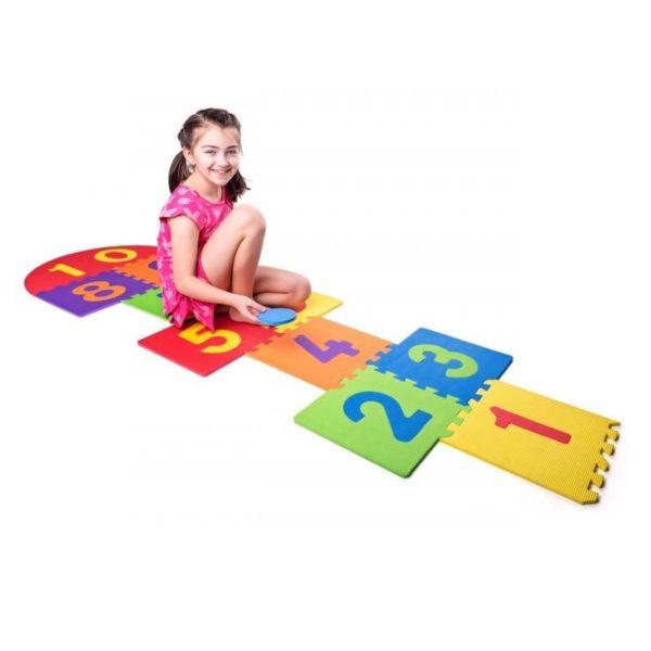 duże piankowe puzzle do gry w klasy - zabawa